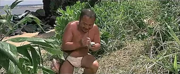 일본군 훈도시 병사와  미 해병대원의 생선 담배 물물교환- Japanese Hundoshi soldier & US Marines Fish -Cigarlette barter